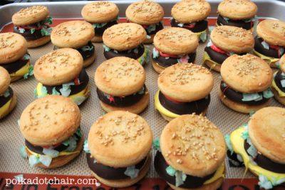 Cookie Cheeseburgers