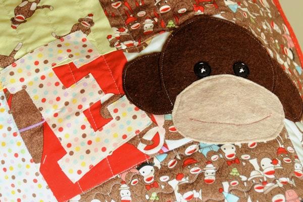 sock-monkey-quilt