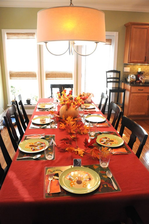 Thanksgiving decor the polkadot chair for Pictures of dining room tables decorated