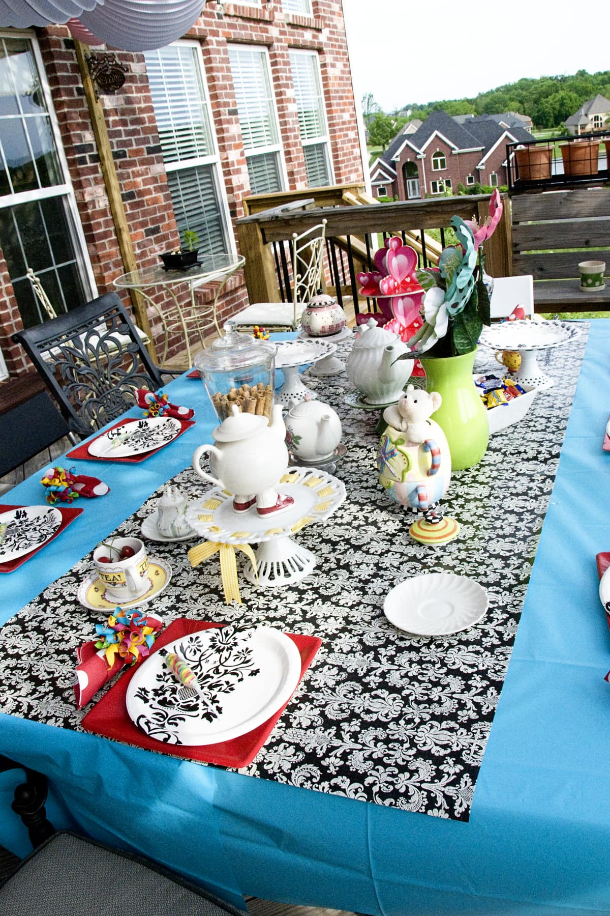Inexpensive Tablecloth Idea The Polkadot Chair