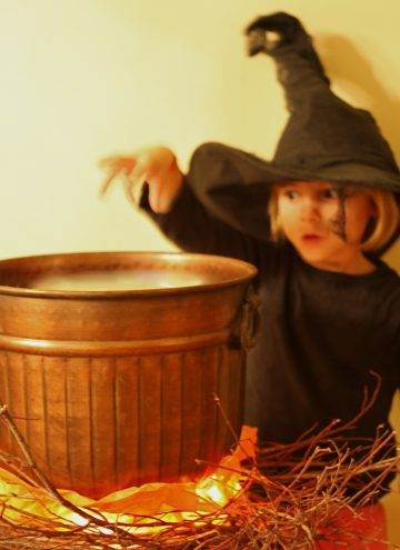Faux DIY Halloween Cauldron