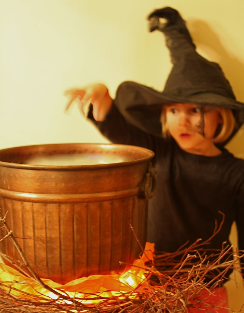 Faux DIY Halloween Cauldron