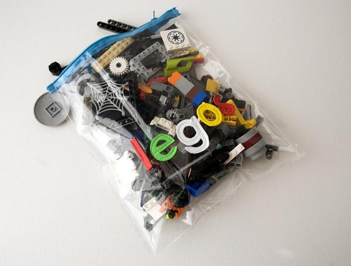 Lego Zip Pouch Tutorial