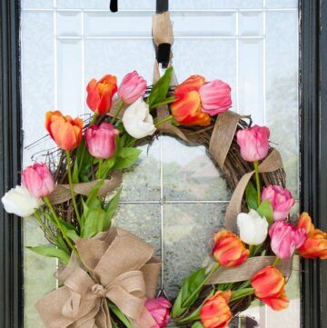Learn how to make a Tulip Wreath