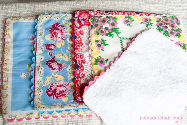 How to make burp cloths