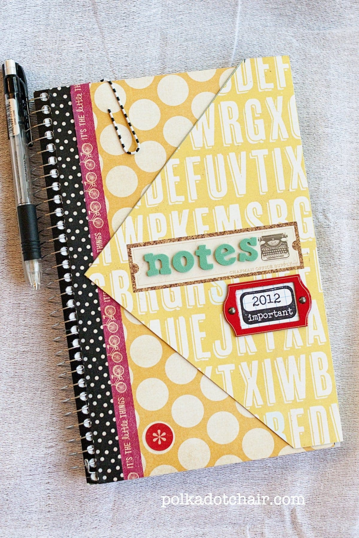 Simple spiral notebook redo the polkadot chair for Back to school notebook decoration ideas