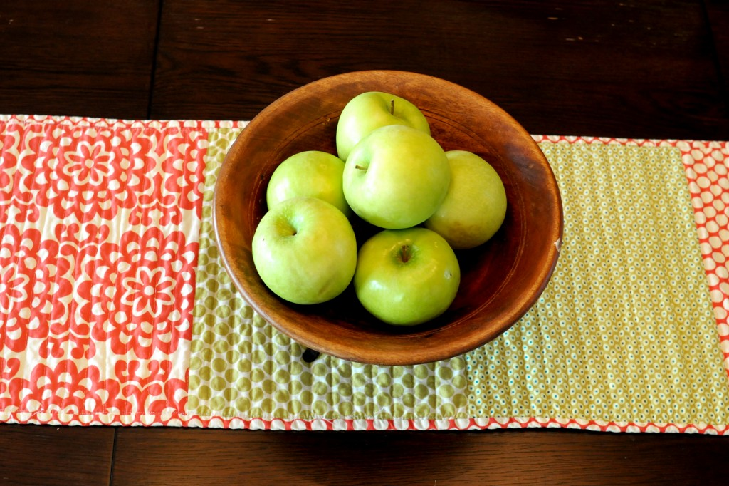 Skinny Simple Table Runner Tutorial
