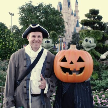Ichabod Crane and the Headless Horseman Halloween Costume Ideas