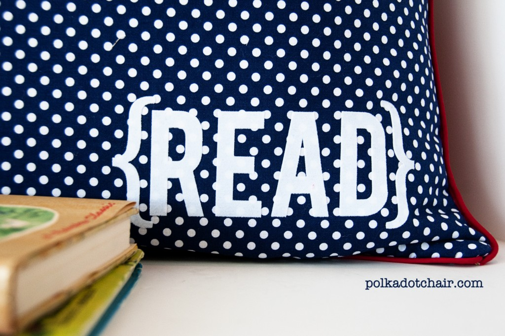 readingpillow2 1024x682 National Sewing Month 2012: Reading Pillow With Pocket Tutorial