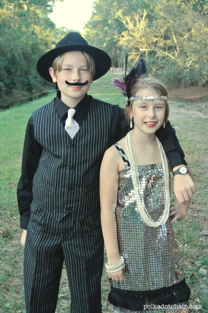 Flapper Halloween Costume Ideas and suggestions for what to wear to Mickey's Not So Scary Halloween Party