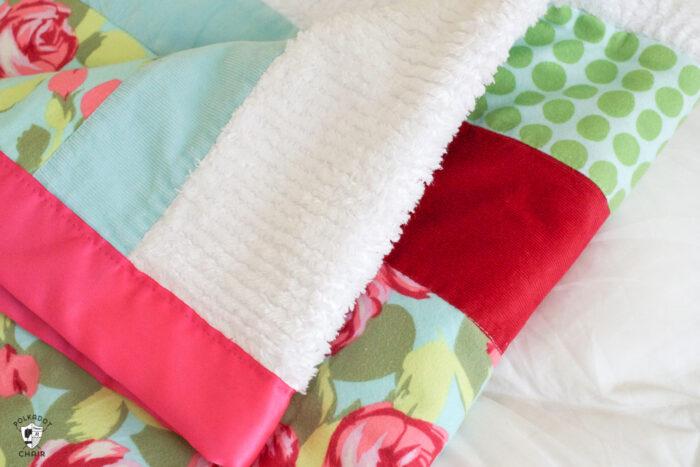 sensory strip baby quilt