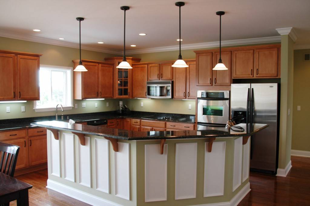 Dark Kitchen Cabinets With Light Flooring