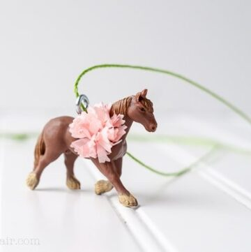 DIY Pretty Ponies Necklace