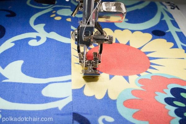 learn-to-sew-a-zipper
