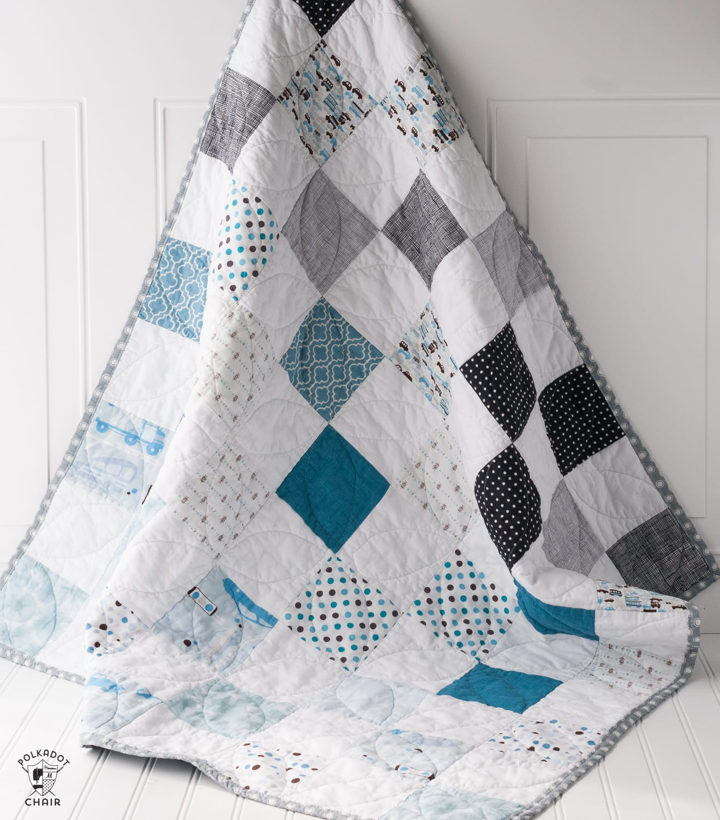 Color Blocked Patchwork Baby Quilt Tutorial; a Free Quilt Pattern