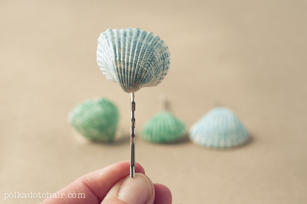 DIY Painted Seashell Accessories--- uses nail polish.. genius!