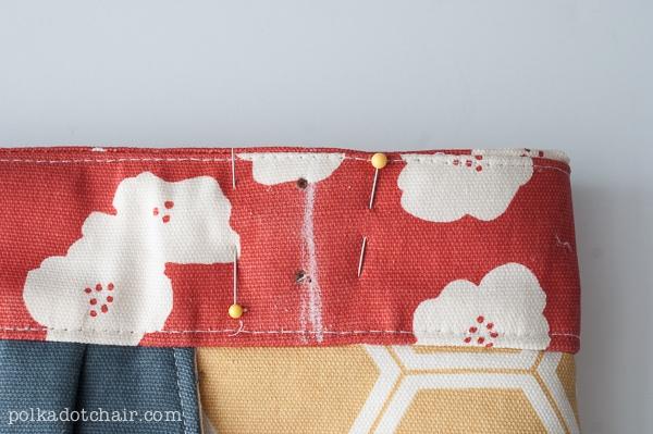 birch-organics-handbag-polkadotchair-6