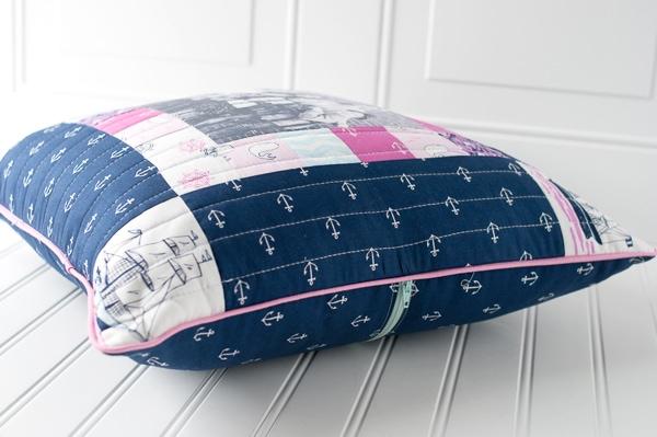 DIY Dorm Room Decor, Photo Memory Pillow Tutorial