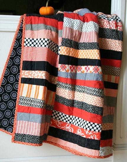 Halloween Quilt by Cluck Cluck Sew