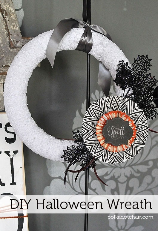 diy-halloween-wreath-tutorial