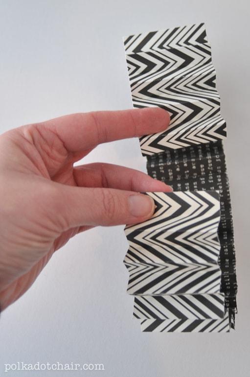 make-a-paper-rosette