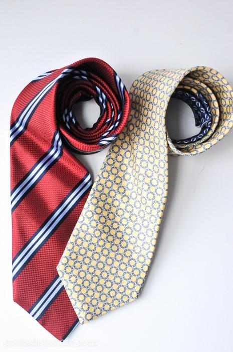 necktie-zip-pouch-1