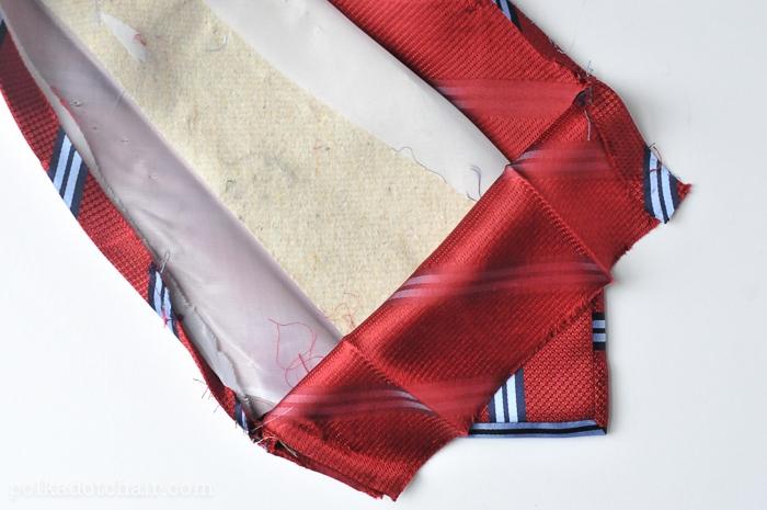 necktie-zip-pouch-2