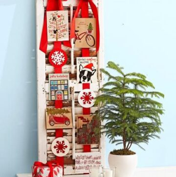 10 Ways to Display Christmas Cards