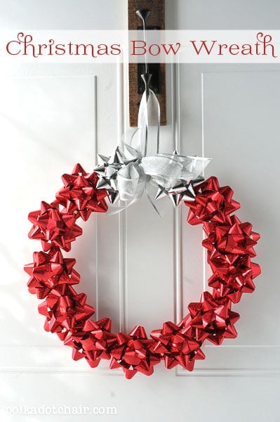Christmas Bow Wreath on polkadotchair.com