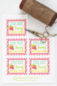 Free printable tags on polkadotchair.com
