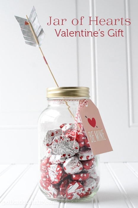 Valentine's Day Mason Jar Gift Idea w/printable tags