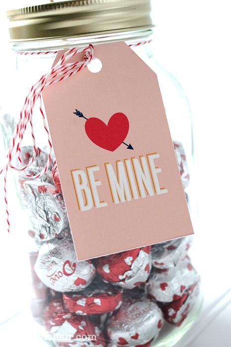 Valentine's Day Mason Jar Gift Idea w/printable tags