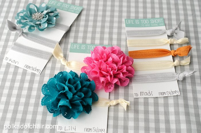 "DIY Hair Tie Gift Idea & free printable ""Life is too short to have boring hair"" gift cards"