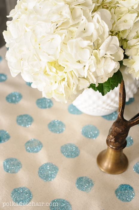 How to make a Polka Dot Glitter Table Runner on polkadotchair.com