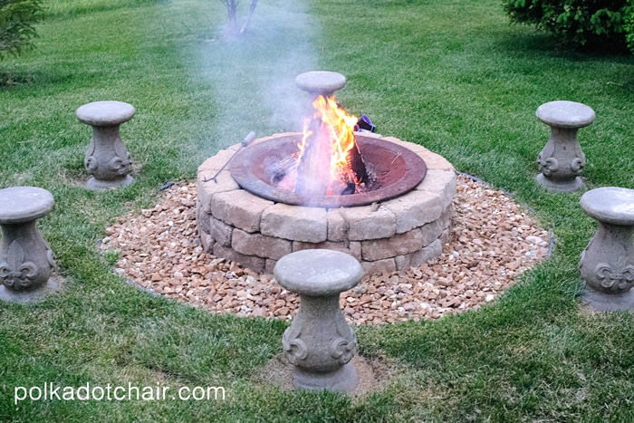diy outdoor firepit seating on polka dot chair blog. Black Bedroom Furniture Sets. Home Design Ideas