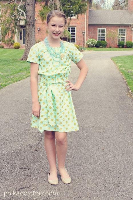 Derby girl up skirt fingering - 5 5