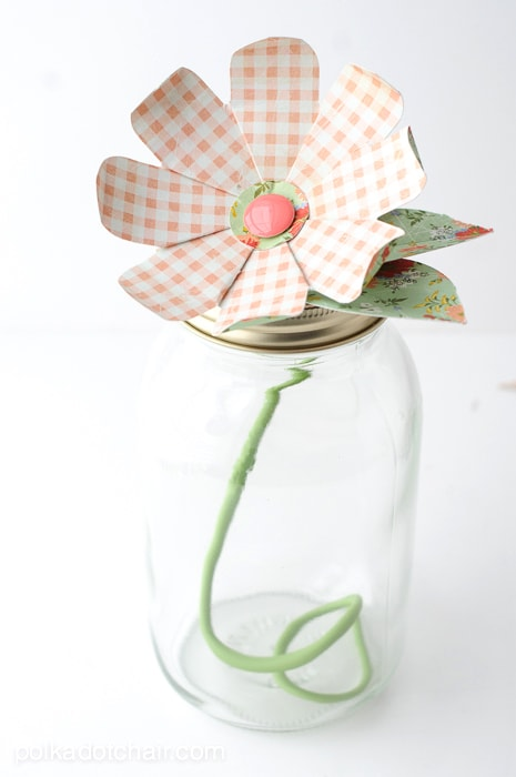 Paper Flower Mason Jar Craft Idea on polkadotchair.com