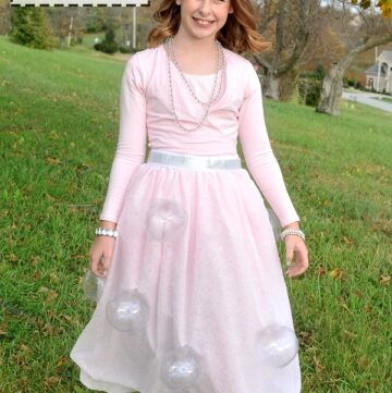 DIY Wizard of Oz Glinda Costume