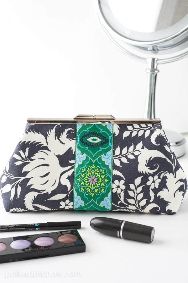 Frame Clutch Purse Sewing Pattern
