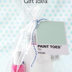 Nail Polish Gift idea with free printable gift tags on polkadotchair.com