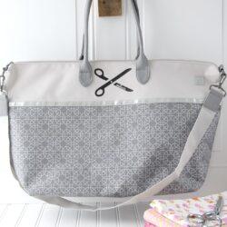 DIY Monogrammed Tote Bag on polkadotchair.com