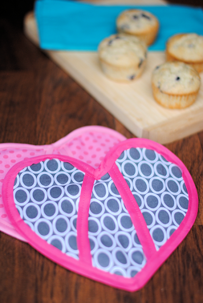 DIY Heart Oven Mitt Sewing Pattern