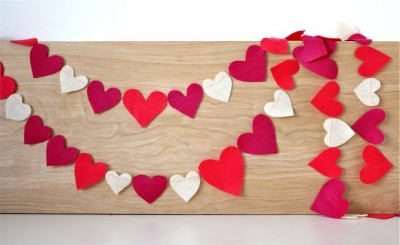 DIY Felt Heart Garland for Valentines Day