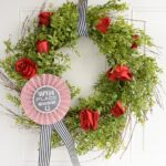 DIY Kentucky Derby Wreath & Video Tutorial