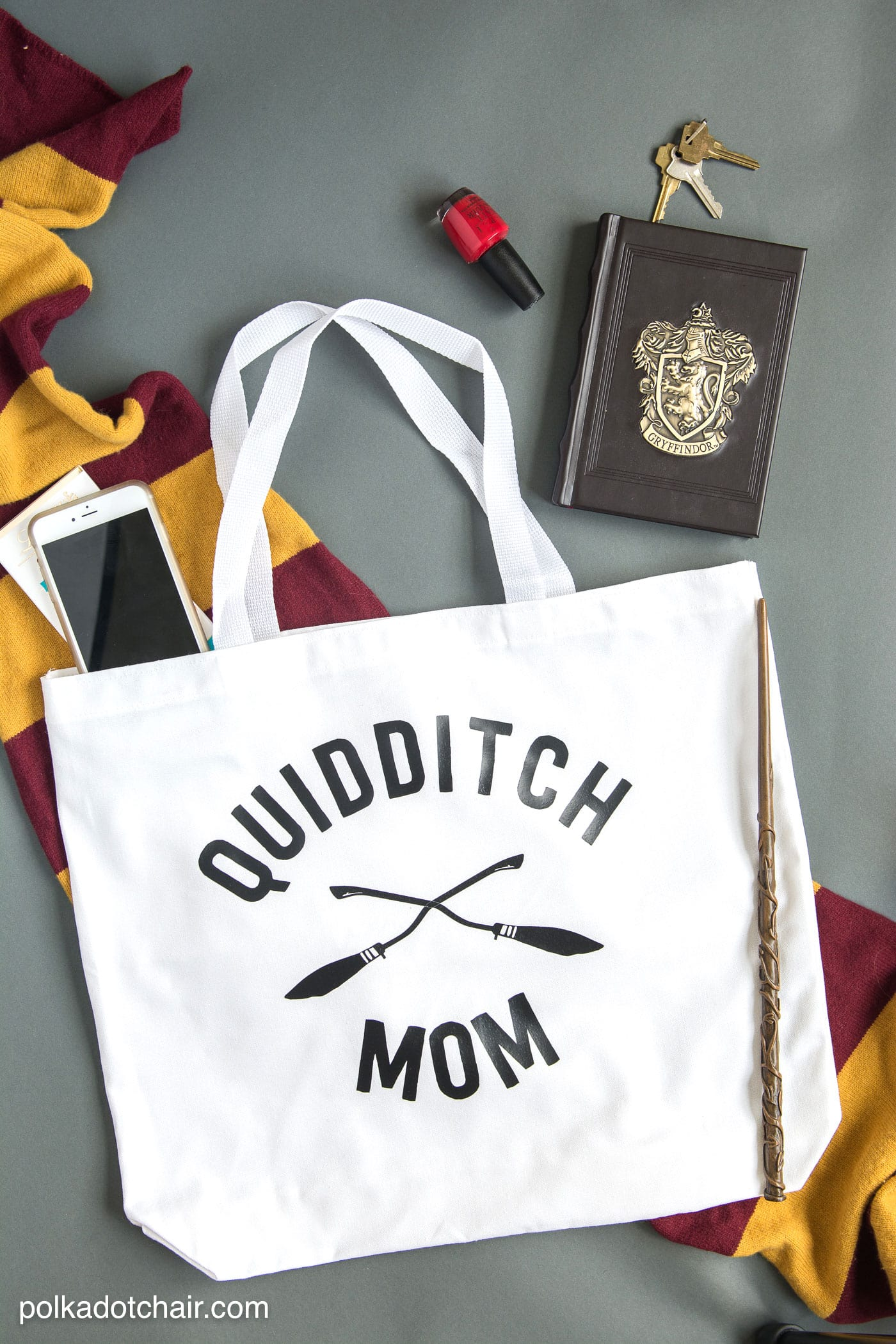 Quidditch Mom Tote, and other Harry Potter Crafts