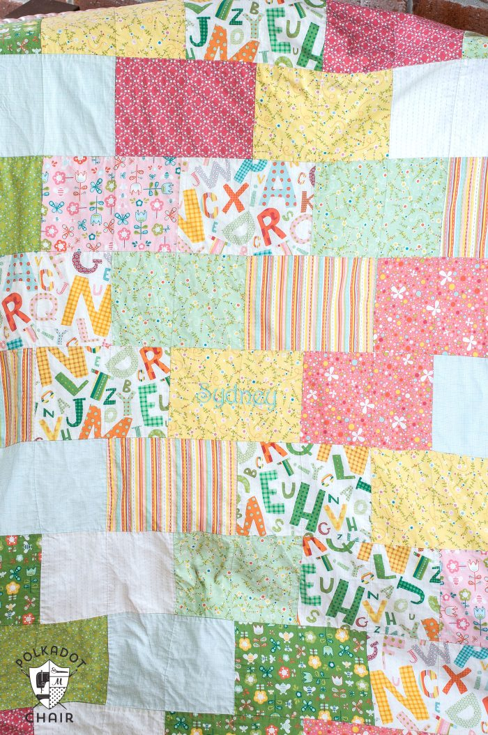 Snuggly Bricks Pattern Quilt tutorial on polkadotchair.com