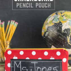 Cute pencil pouch sewing pattern, love the addition of chalkboard fabric to the front