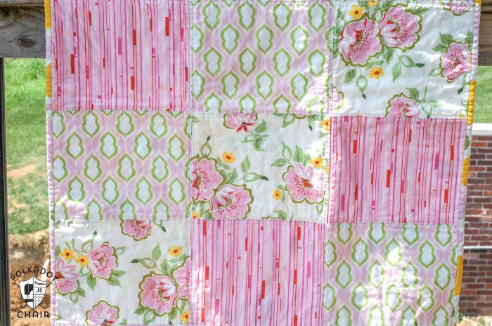 Tutorial: Fat Quarter Baby Dress & Easy Baby Quilt - : fat quarter quilt tutorial - Adamdwight.com