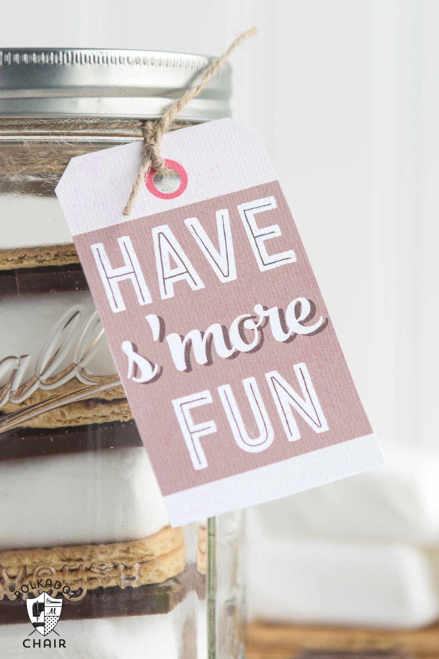 S Mores Mason Jar Gift Idea Amp Gift Tag