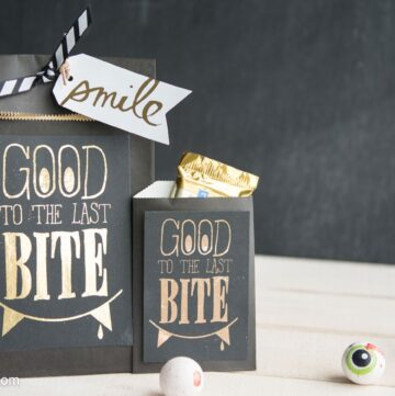 """Good to the Last Bite"" DIY Halloween Treat Bags- Includes a free ""foil ready"" printable"